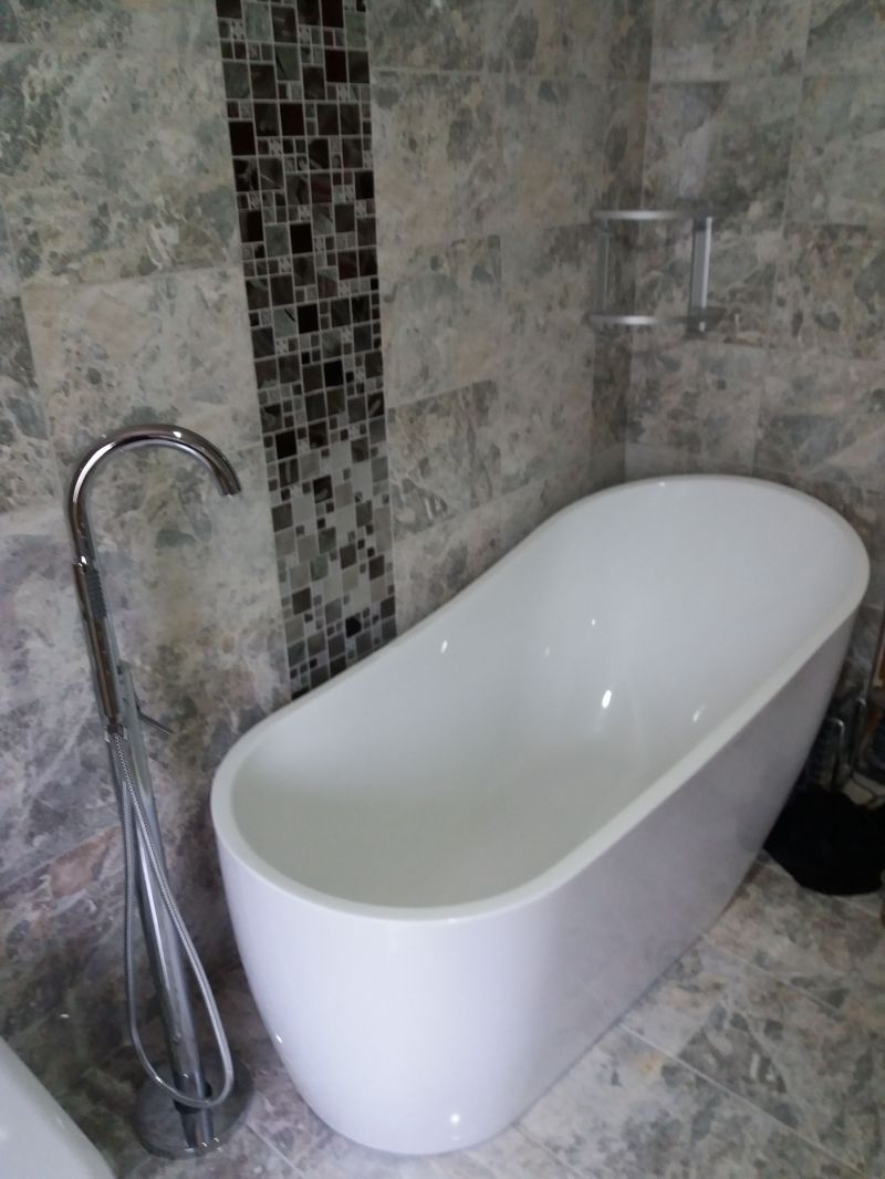 Bathroom refurbishment Colwick: Swipe To View More Images